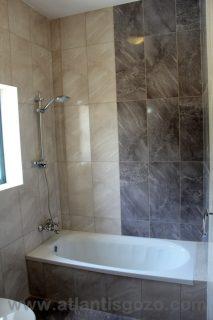 Pepprina Farmhouse Gozo Bathroom