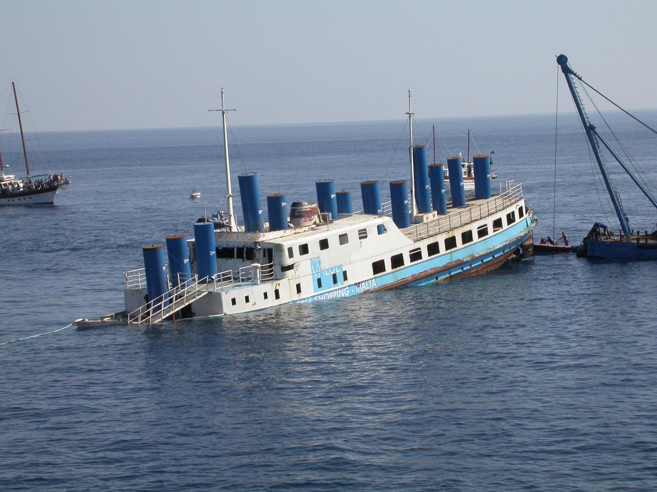 Wreck mv karwela atlantis gozo for Gozo dive centres