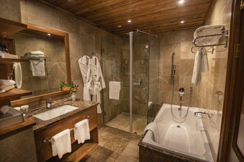 bathroom kempinski