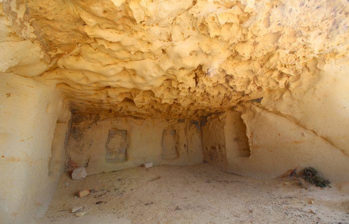 Ras il-Wardija cave 1