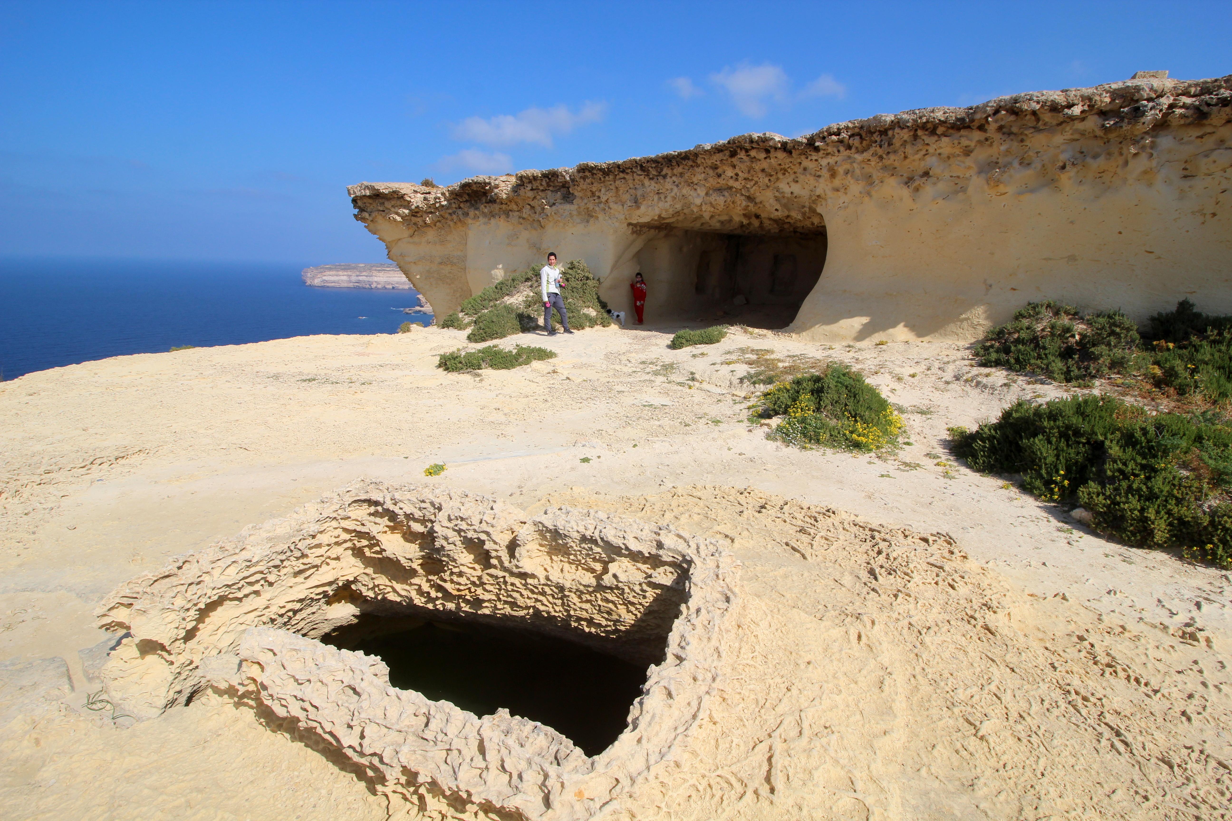 Ras il-Wardija cave 3