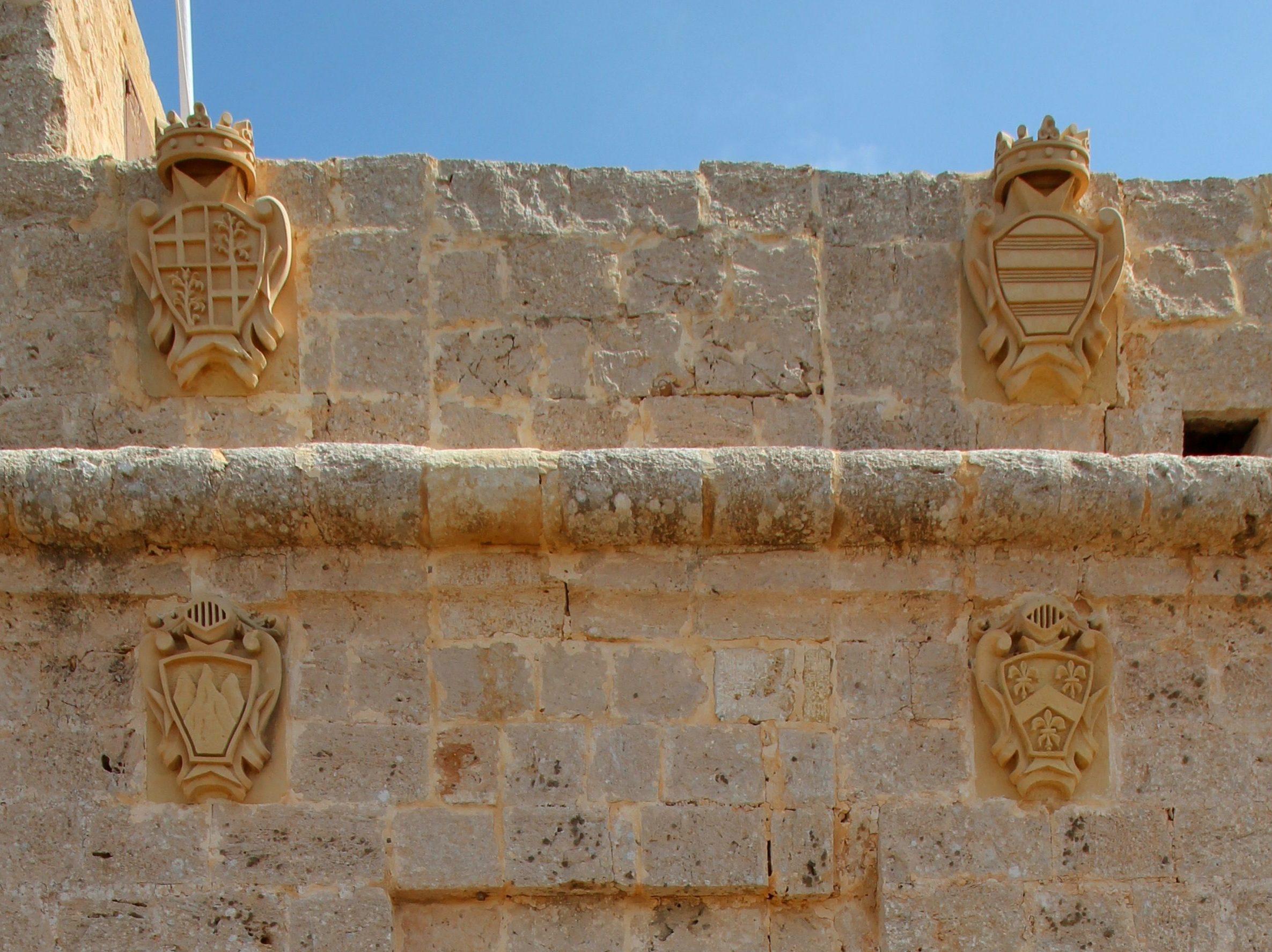 Ta Sopu coat of arms